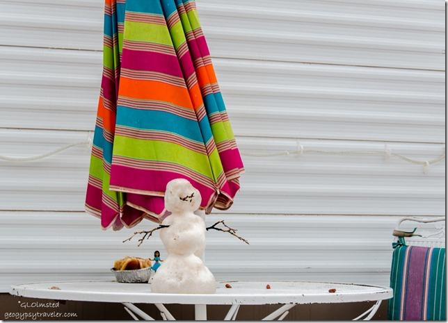 Snowman & umbrella Kanab Utah